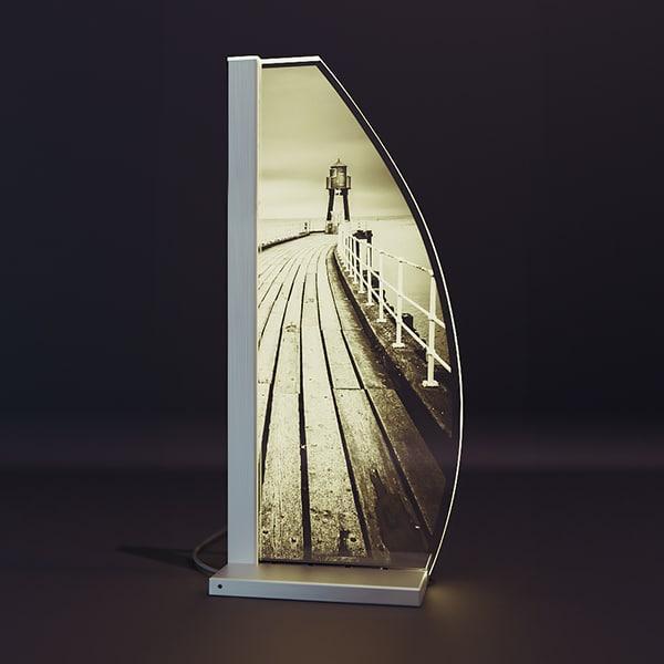 LED-Tischleuchte Glas Lasergravur LIGHTHOUSE