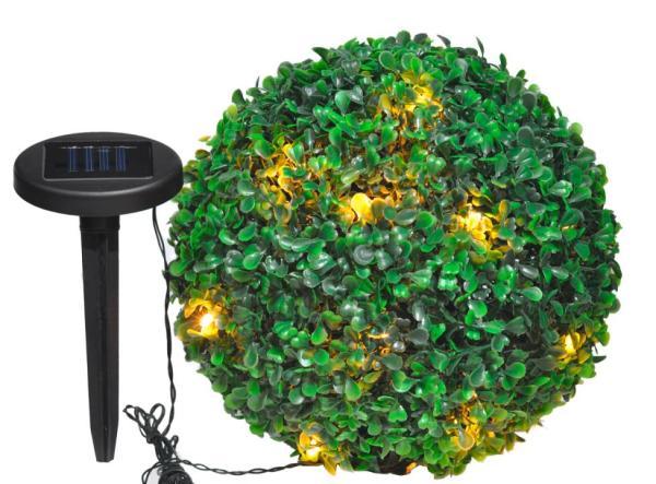 LED-Solarlichterkette in Buchsbaumkugel warmweiß
